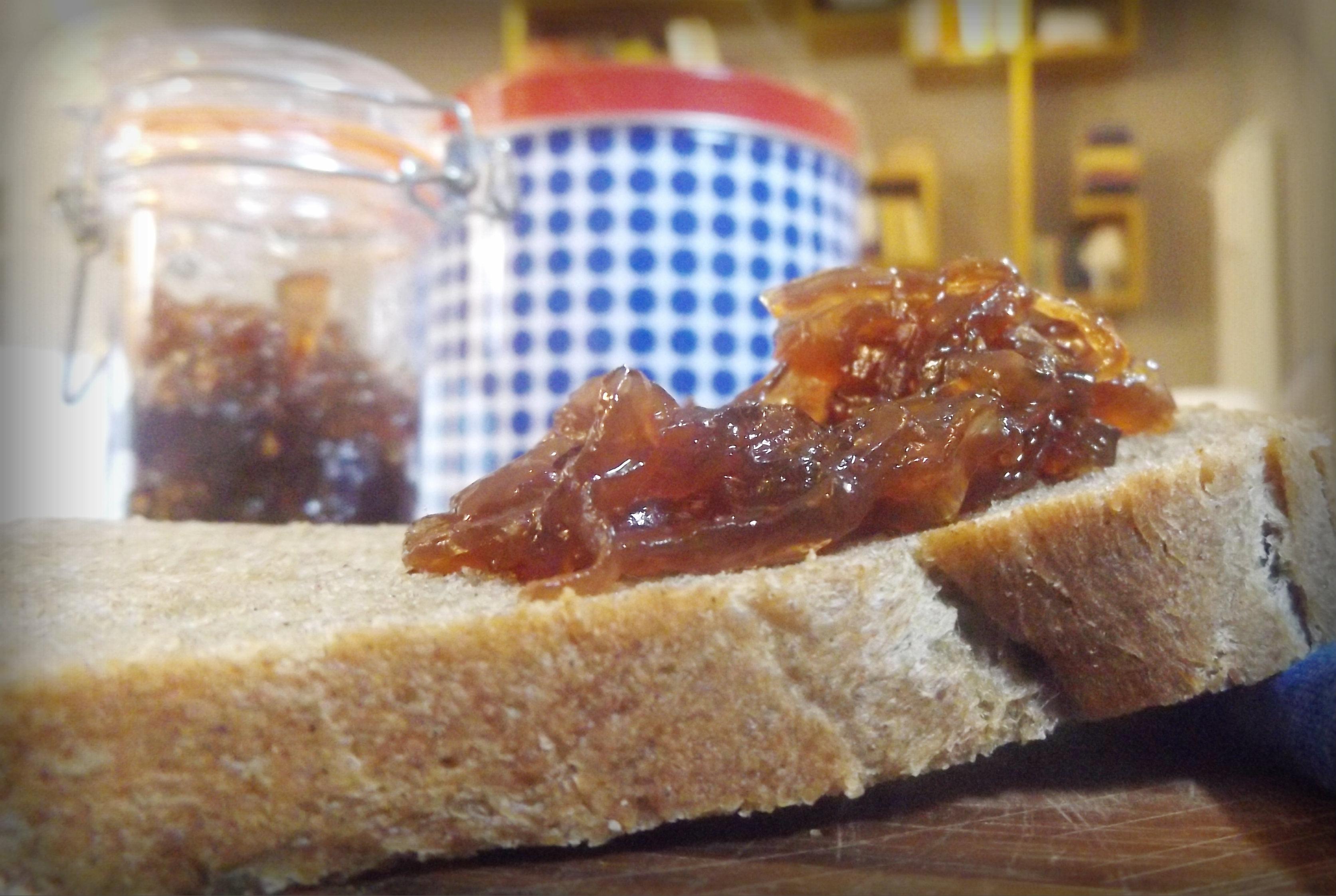 Far Bollire Vasetti Marmellata confettura di cipolle e zenzero. | semi di mostarda